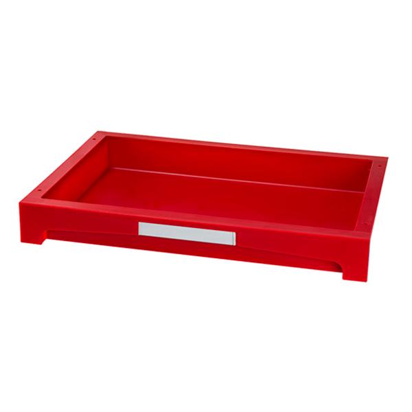 Cajón rojo pequeño con etiqueta frontal blanca